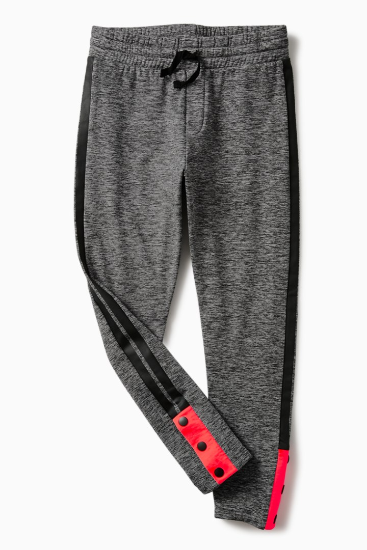 Active Jogger with Ankle Snaps detail