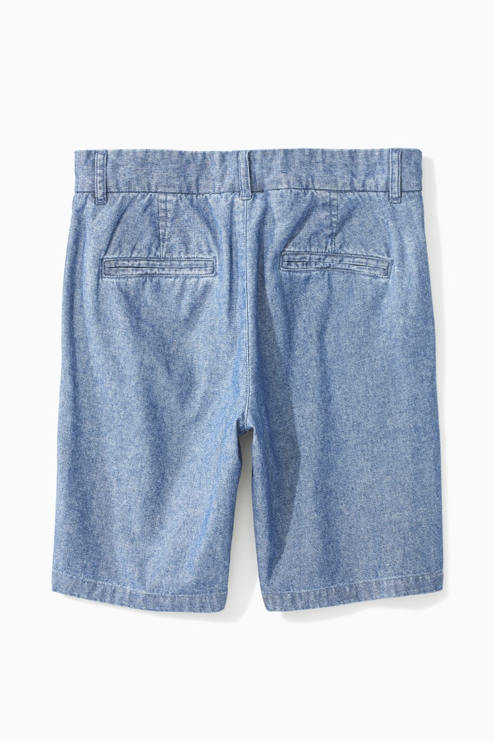 Easy Chambray Short back