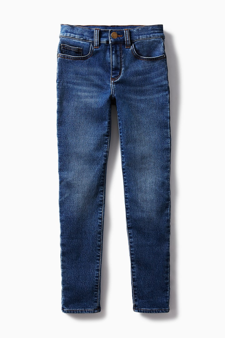 5-Pocket Knit Skinny Jean on model