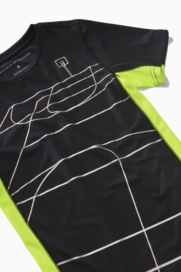 Court Active Tee detail