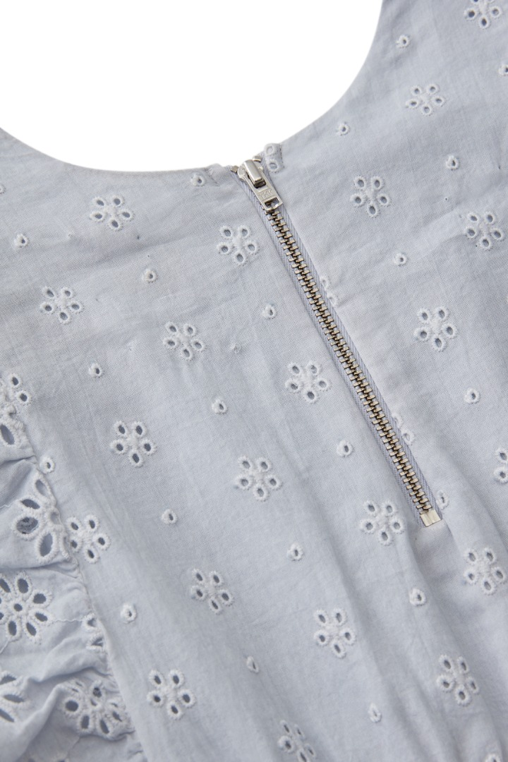 Ombre Eyelet Dress detail