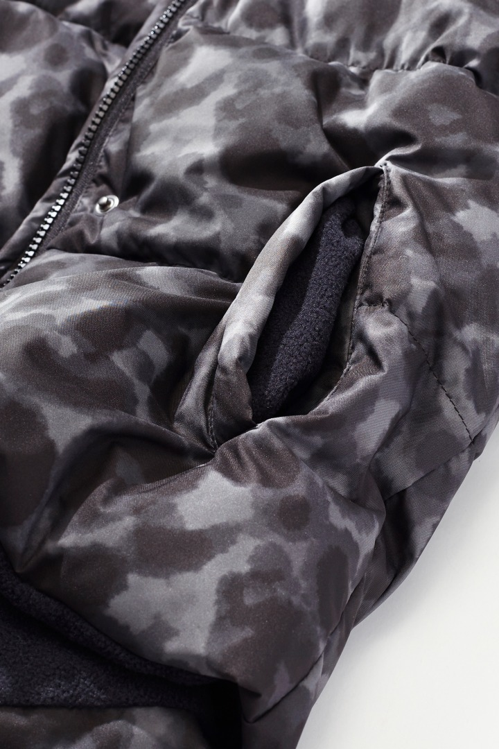 Puffer Jacket with Thermolite detail