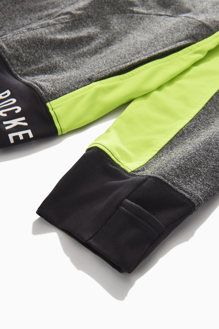 Logo Trim Colorblock Active Sweatshirt detail